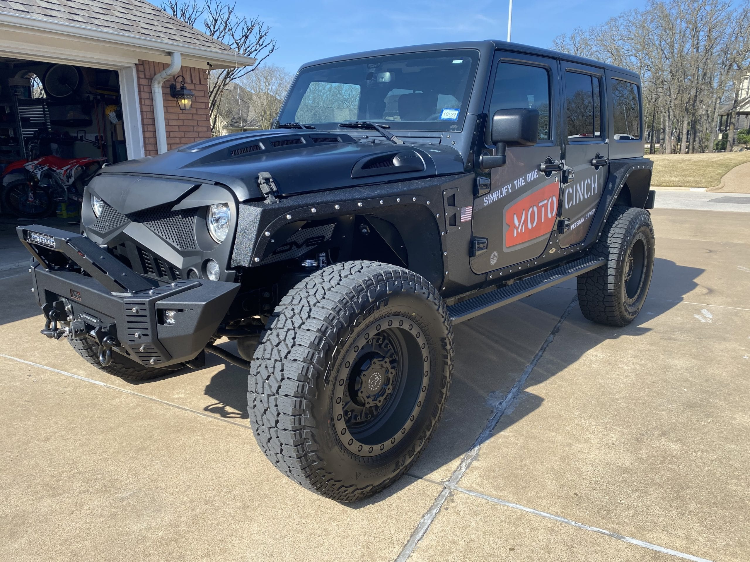 Moto Cinch Jeep